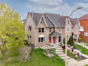 138-Edgewater-home-for-sale-1.jpg