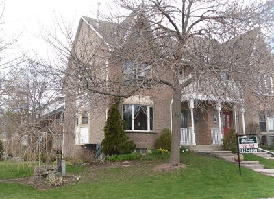 Freehold townhouse for sale Newport Marina, Stoney Creek